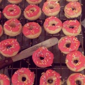 Vanilla Mini Doughnuts